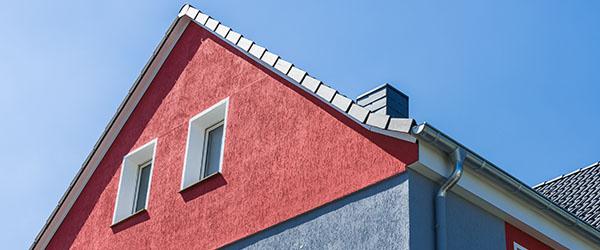 facade rouge enduit maison