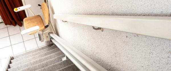 monte escalier bois