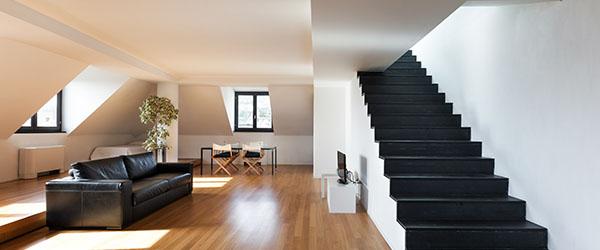 pose parquet salon escalier