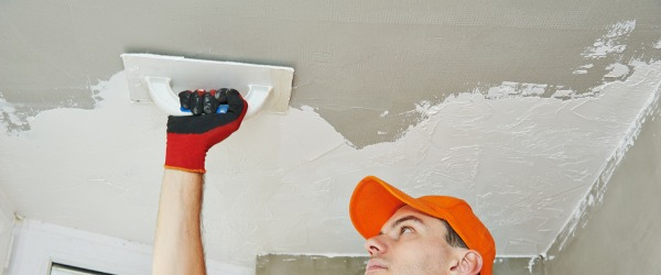 renovation plafond enduit